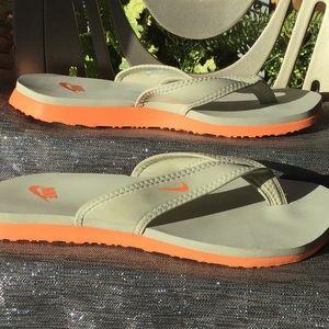 COPY - Nike size 10 🧡🧡 sandal.